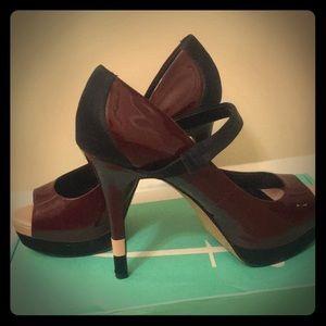 Jessica Simpson burgundy patent platform heels